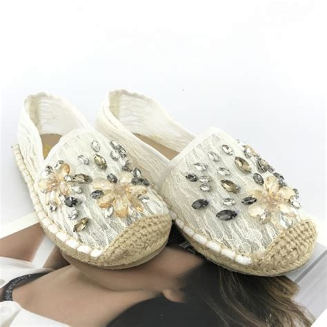 Sepatu Sendal Wanita Casual jual shs88010 white sendal casual cantik wanita