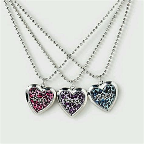 best friend necklace for 3 best friend necklaces