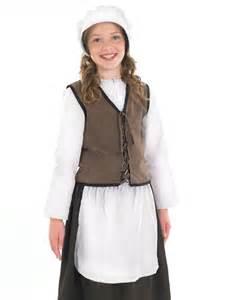 tudor kitchen costume