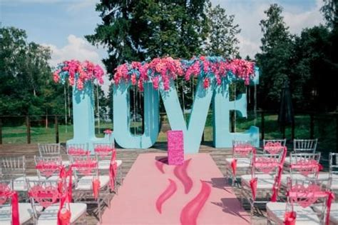 turquoise and pink wedding decorations pink and turquoise russian outdoor wedding weddingomania