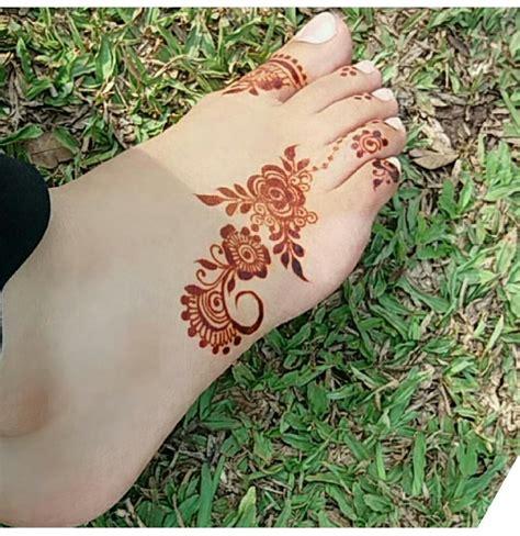 henna like tattoos foot henna mehndi hennamore pins like this at