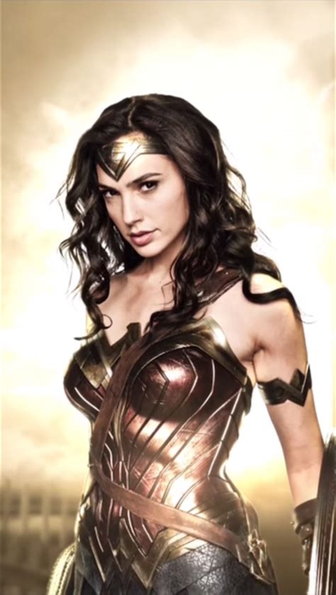 'Batman V Superman' Roundup: New Photos Of Wonder Woman and Luthor, 5 New Videos
