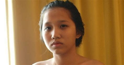 Indonesian Teen Girl Nude Boobs Image
