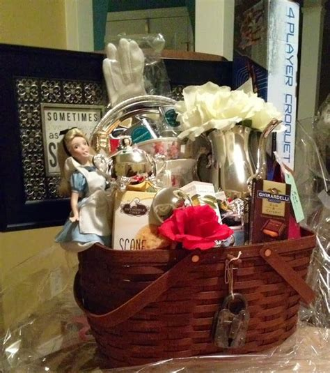 raffle ideas for chirstmas party 89 best images about gift basket and fundraiser ideas on
