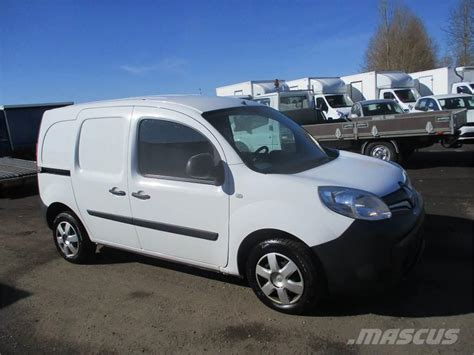 renault kangoo cars year  price   sale