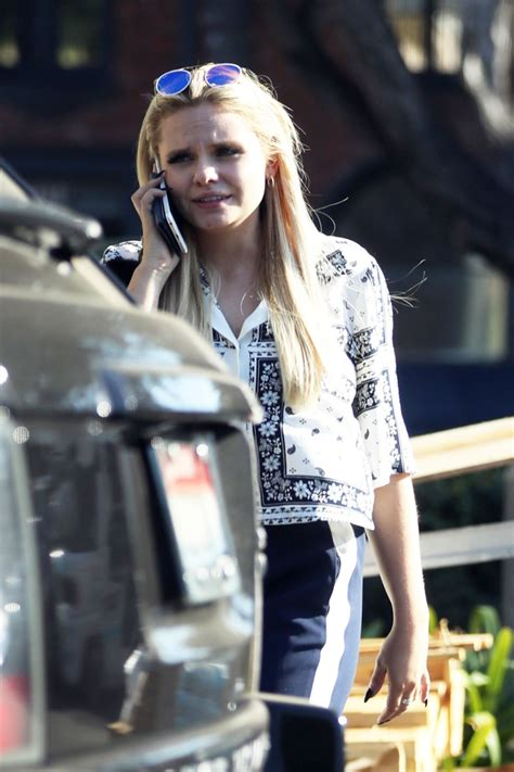 alli shops at bristol farms in beverly