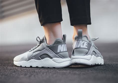 Sepatu Nike Air Huarache Ultra Grey Casual Running Sepa Diskon nike air huarache run ultra quot stealth grey quot sneakernews