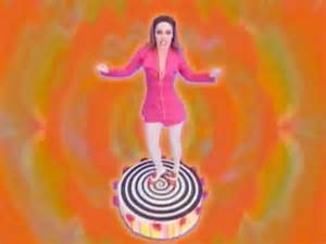 dee lite groove is in the heart 1990 avaxhome groove is in the heart deee lite s hit turns 25