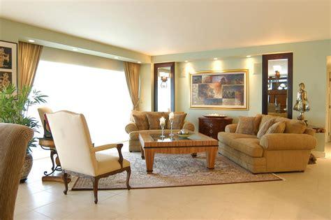 living room rectangular mirrors  arrangements layout