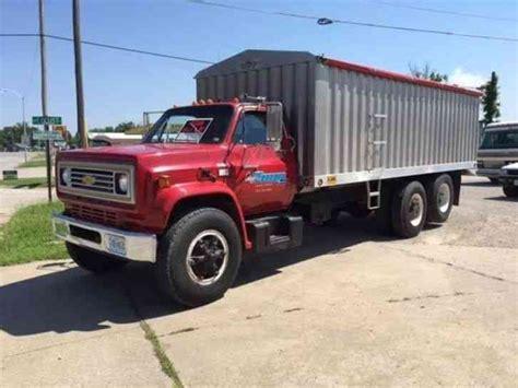c70 truck chevrolet c70 1984 utility service trucks