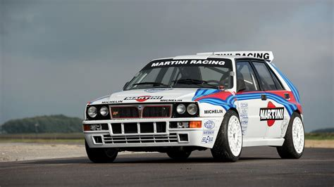 lancia delta integrale b rally driven lancia delta causes bidding war sells for 297k