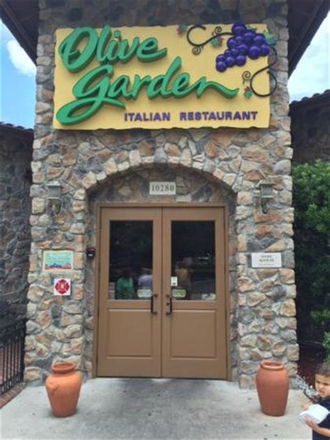 corridor g olive garden the 10 best restaurants near the mall at wellington green tripadvisor