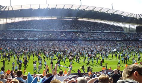 file manchester city pitch jpg wikimedia commons
