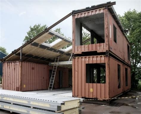 shipping containers year zero survival premium