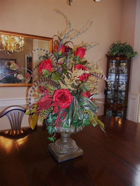 beautiful centerpieces for dining room 1000 images about dining centerpiece on pinterest