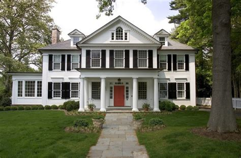 what is a colonial style house understanding a colonial style house