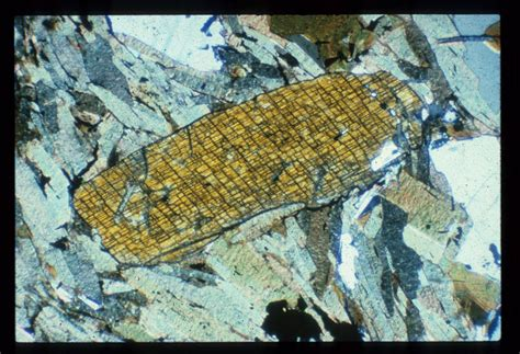 kyanite thin section optical mineralogy and petrography