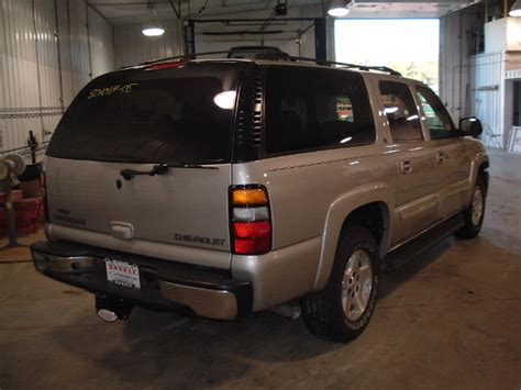 repair voice data communications 2003 chevrolet suburban 1500 security system service manual replace front wheel bearing 2005 chevrolet suburban 1500 hub bearing