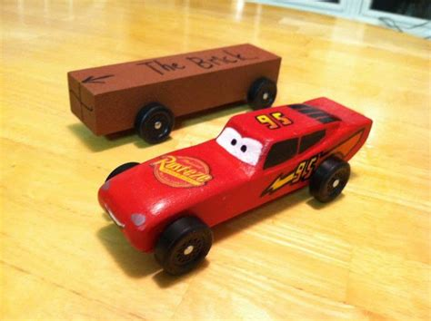 6 Ways Cars 3 Brought Back Memories Geekmom Lightning Mcqueen Pinewood Derby Car Template