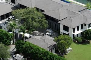 Gabriel Iglesias House by Enrique Iglesias Into 26m Miami Mansion With Tennis