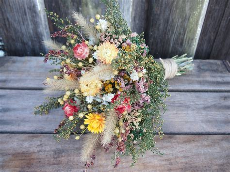 Bloom Box Preserved Flower Uk 10 X10 Cm Beautiful farmhouse yellow bridesmaid dried flower bouquet for a