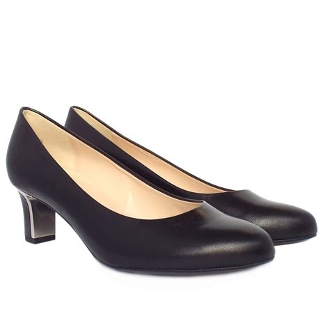 kaiser s mid heel court shoes in black