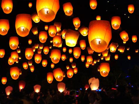 Paper Lanterns That Fly - 50 white paper lanterns sky fly candle l