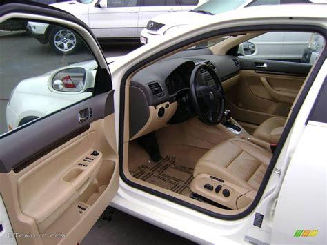 volkswagen jetta white interior 2005 canella white volkswagen jetta 2 5 sedan 1477954