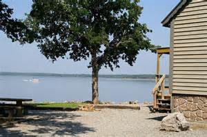 vacation homes with lakefront property on lake texoma near