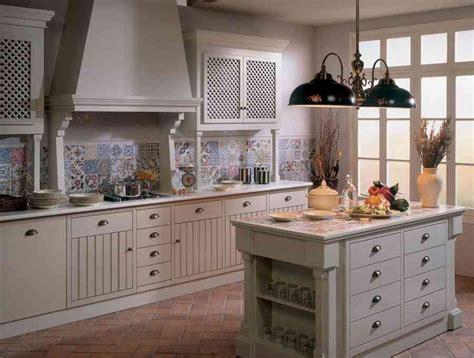 wandfliesen küche landhausstil metall unterschrank