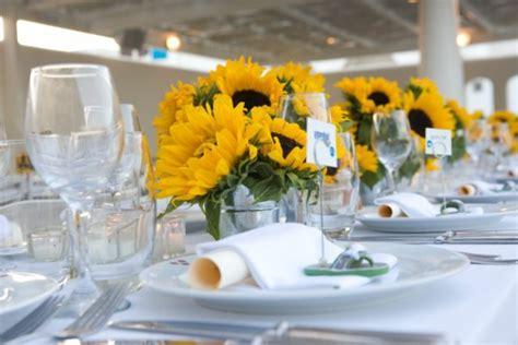 Tischdeko Hochzeit Gelb by Faszinierende Dekoideen Mit Sonnenblumen Archzine Net