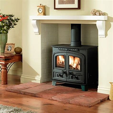 Fireplace Ideas For Stoves by The 25 Best Ideas About Wood Stoves On Wood