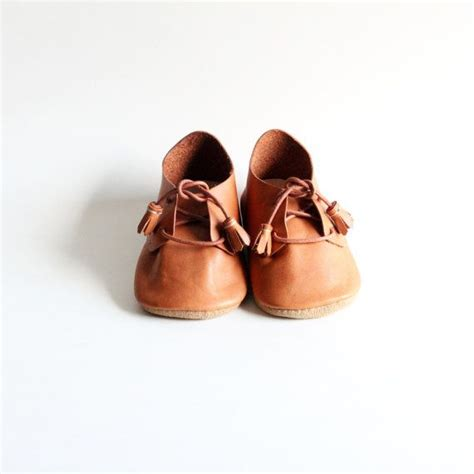 Handmade Shoes Tutorial - 25 best ideas about leather baby shoes on diy