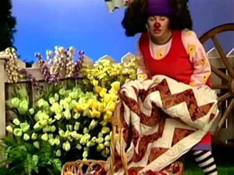 the big comfy couch this little piggy the big comfy couch ten second tidy