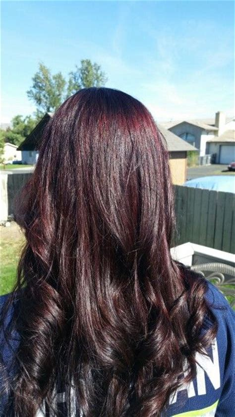 what is it called when hair is dark pn top light on bottom fall hair we called the color black cherry with big red