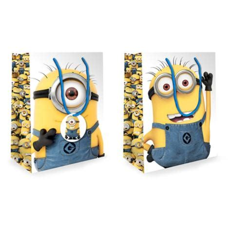Airval International Minions Pouch Gift Set medium minions gift bag minion shop the entire minions collection including cards toys