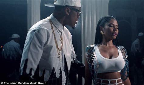 how to sing like august alsina nicki minaj plays scorned lover in music video for no love