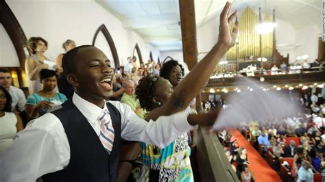 church service after charleston shooting worship returns to emanuel cnn