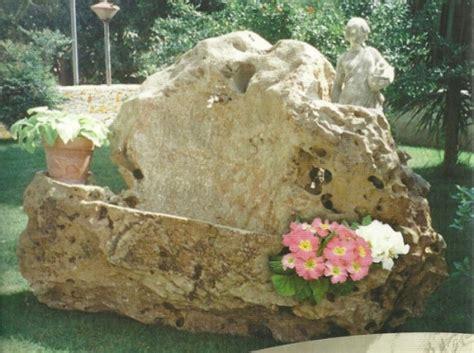 fontane da giardino in sasso fontane gazebo fioriere le opere da giardino ricavate