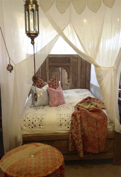 Bedroom Bed Curtain And Bedding With Moroccan Style