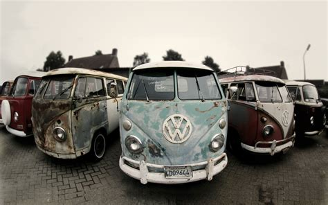 old volkswagen hippie van vw bus superradnow