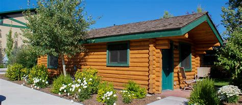 Lodging In Wyoming Cabin by Alpine Wyoming Cabin Rentals Flying Saddle Resort