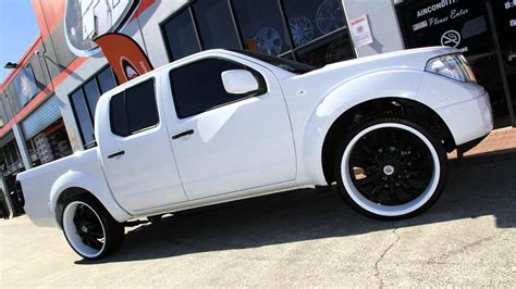 nissan navara customised nissan d40 navara 24 inch custom rims painted lexani lss10