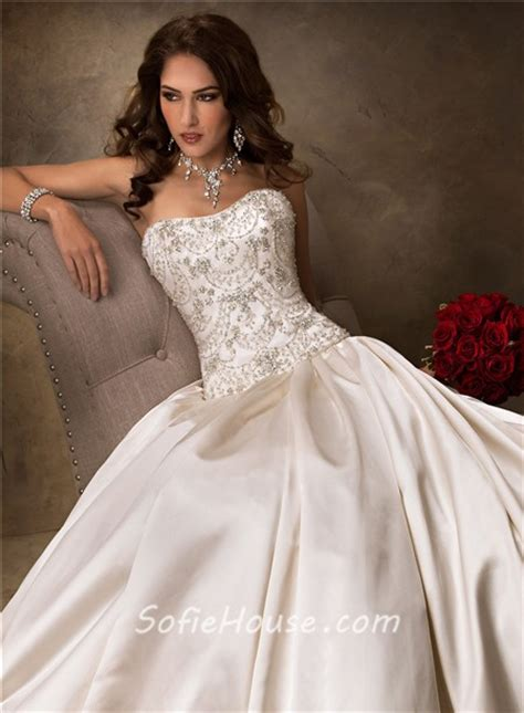 luxury ball gown strapless chagne beaded