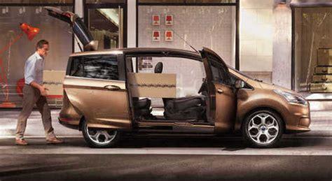auto con porte scorrevoli ford b max monovolume rivoluzionario porte scorrevoli e