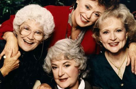 where did the golden girls live betty white hot in cleveland castmates to do golden