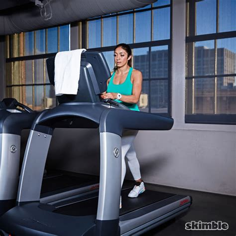 how to to walk on treadmill incline walk on treadmill exercise how to workout trainer by skimble