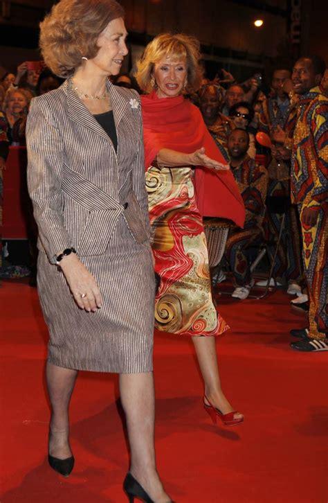 las reinas de africa la reina brilla junto a las estrellas del cine espa 241 ol en apoyo a las africanas en espa 241 a