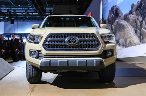 truck toyota 2016 2016 toyota tacoma review