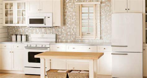 5 ways to buy the best kitchen appliances modern kitchens 5 ways to save on appliances on black friday consumer